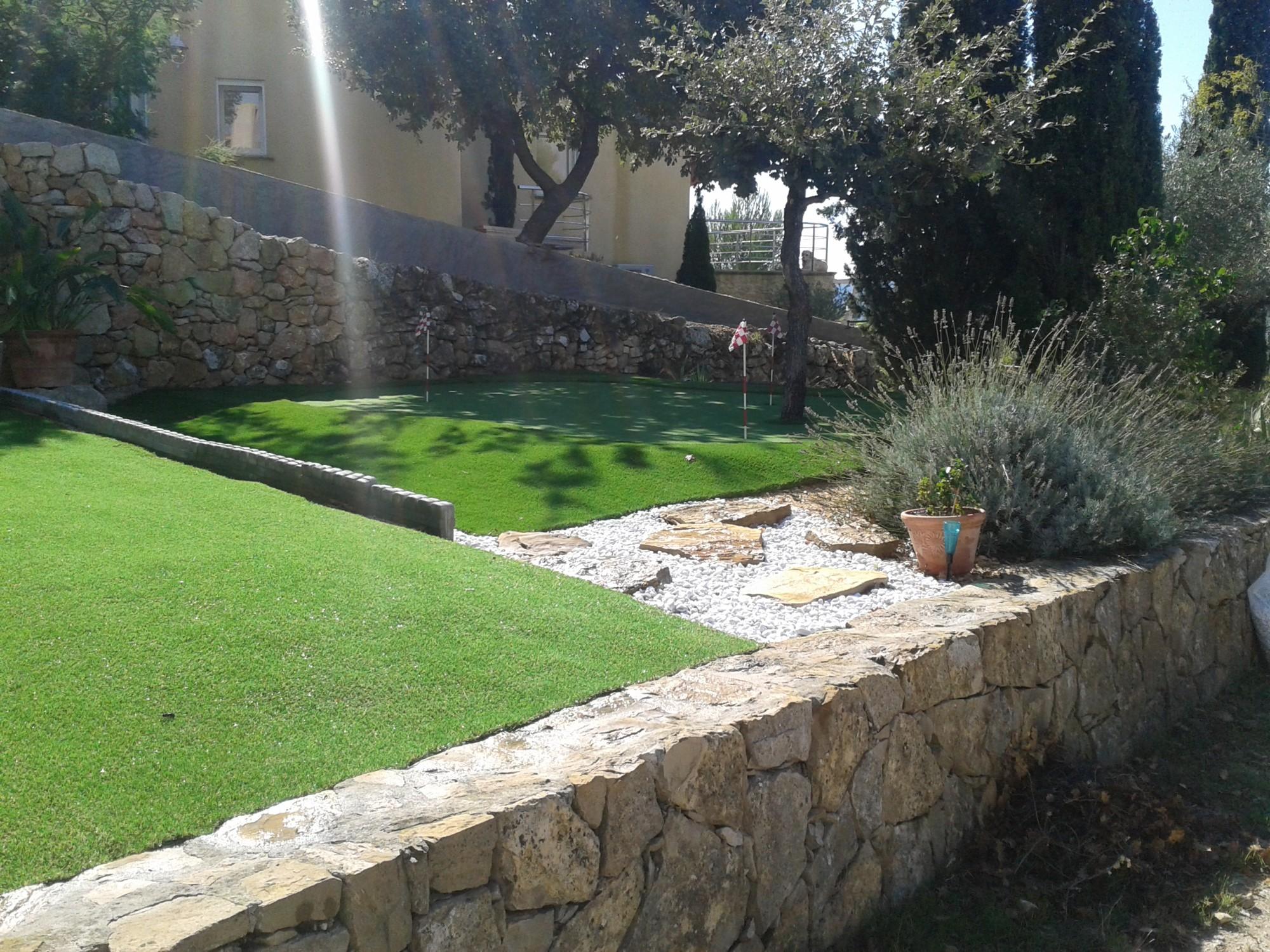 pelouse artificielle à Toulon