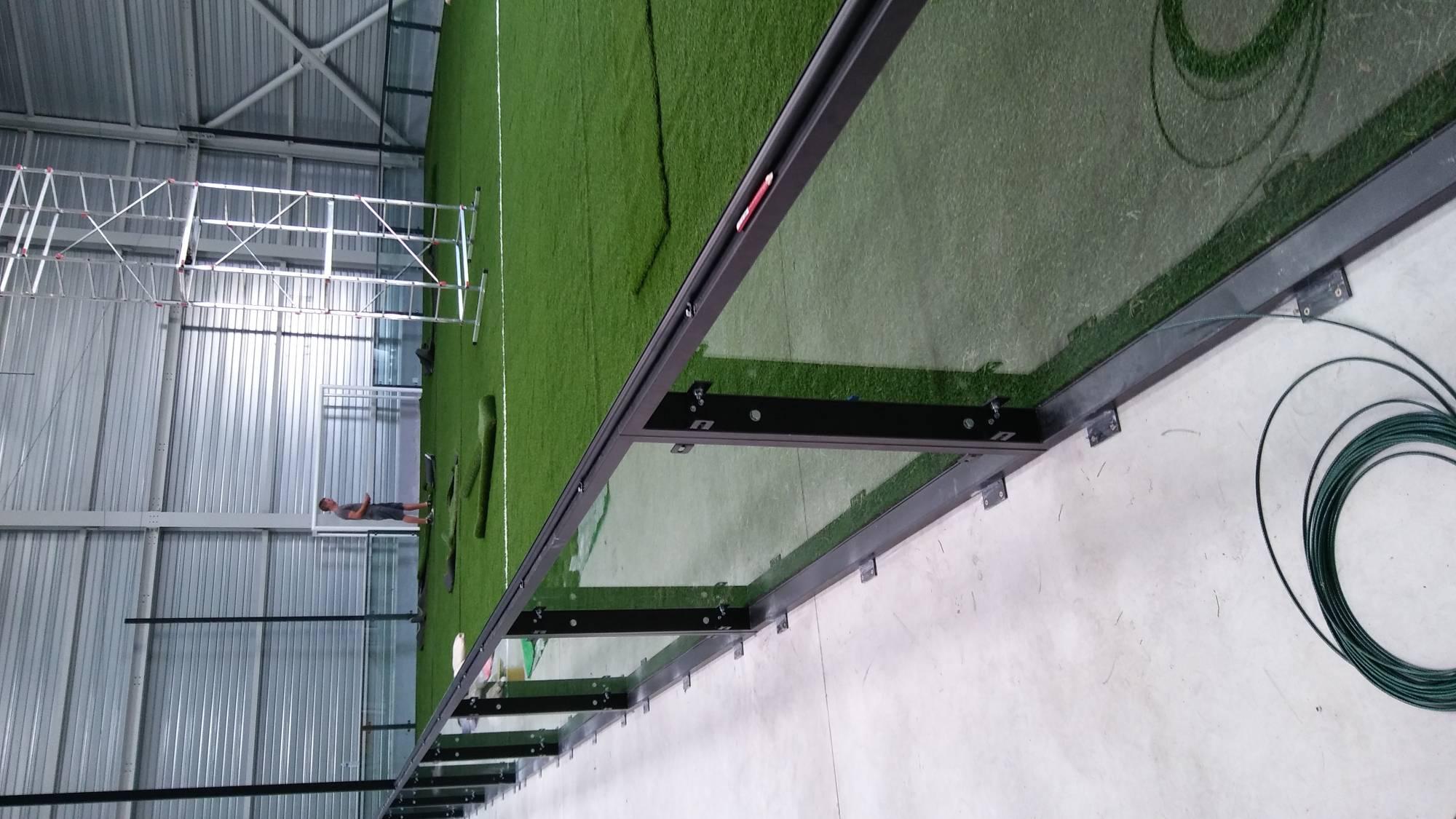 installateur de gazon synthétique et infrastructure pour soccer park