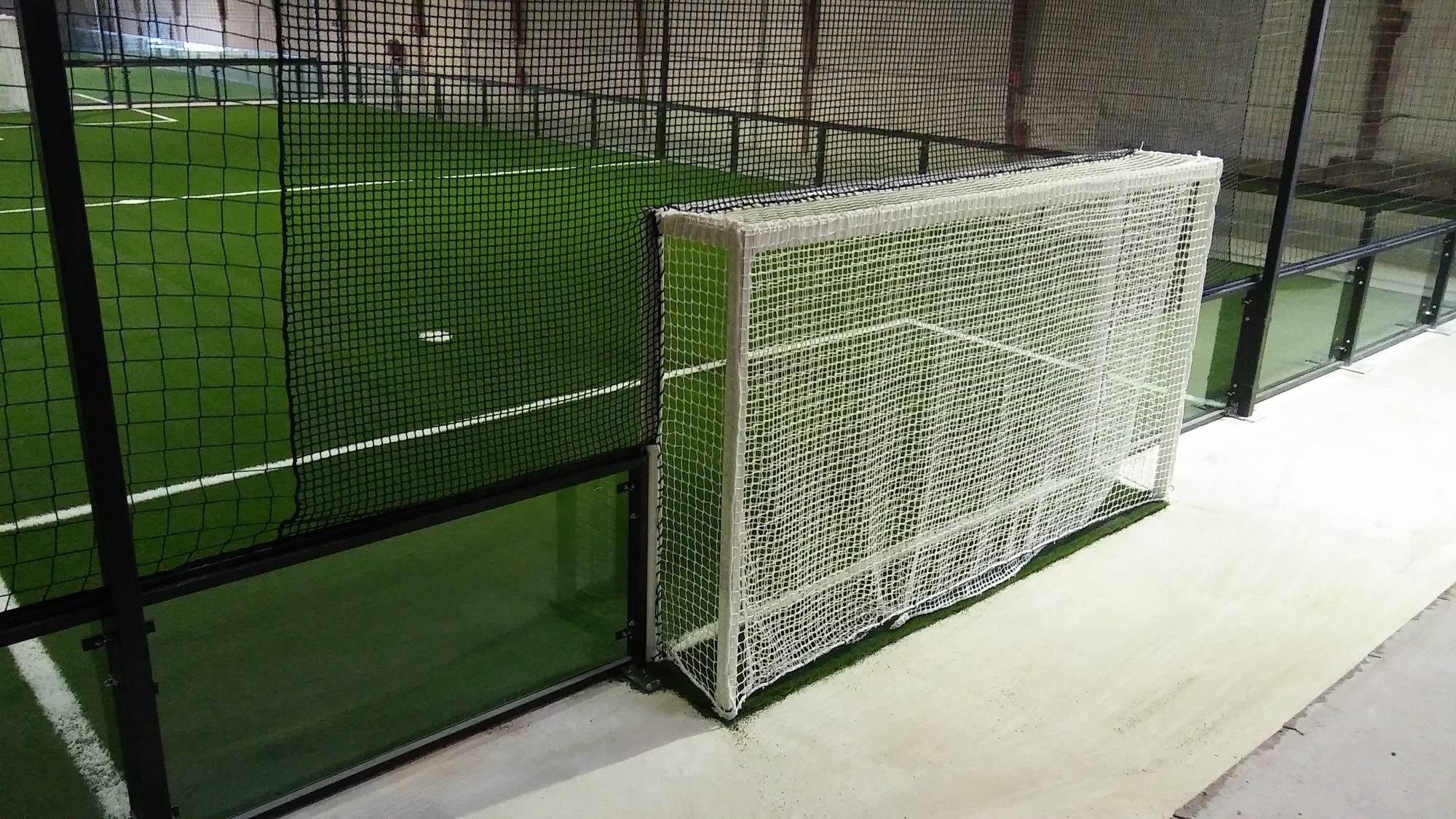 fabricant de foot indoor en panneau de verre trempé 12 mm
