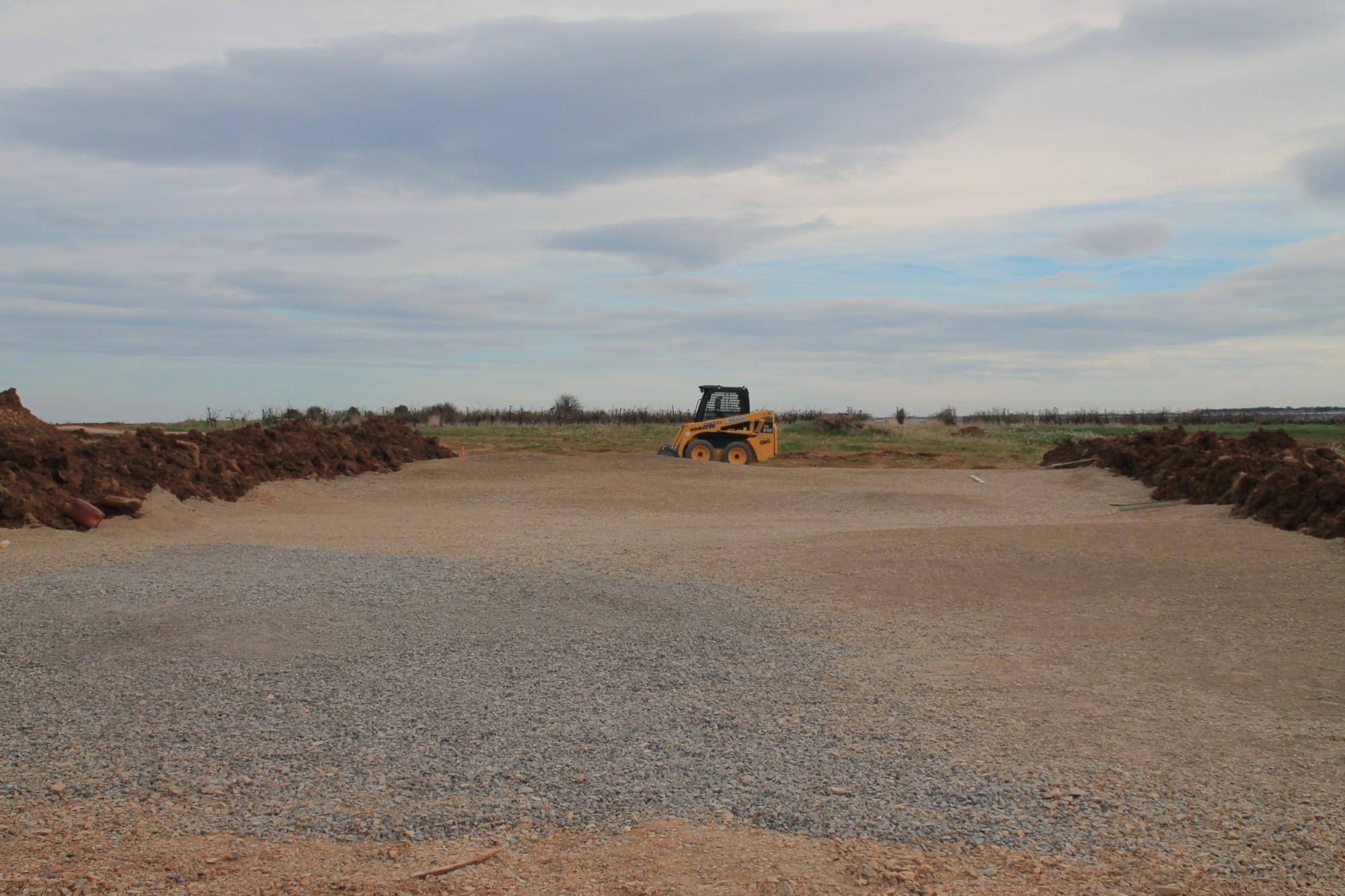 Pr paration du sol et chipping d 39 un gazon synth tique pour le golf gazon - Preparation sol pour gazon synthetique ...
