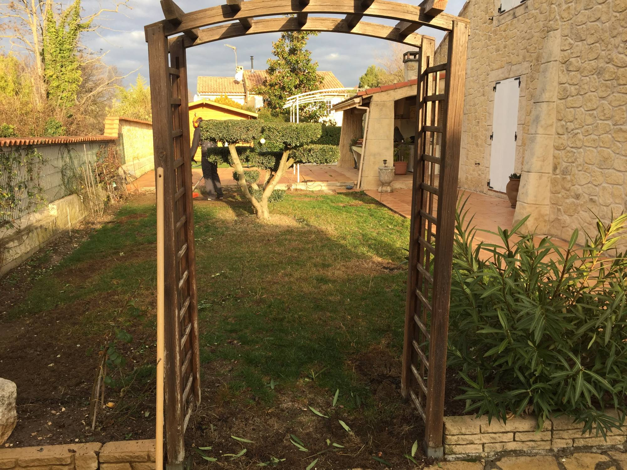 poseur de gazon synthétique Aix en Provence