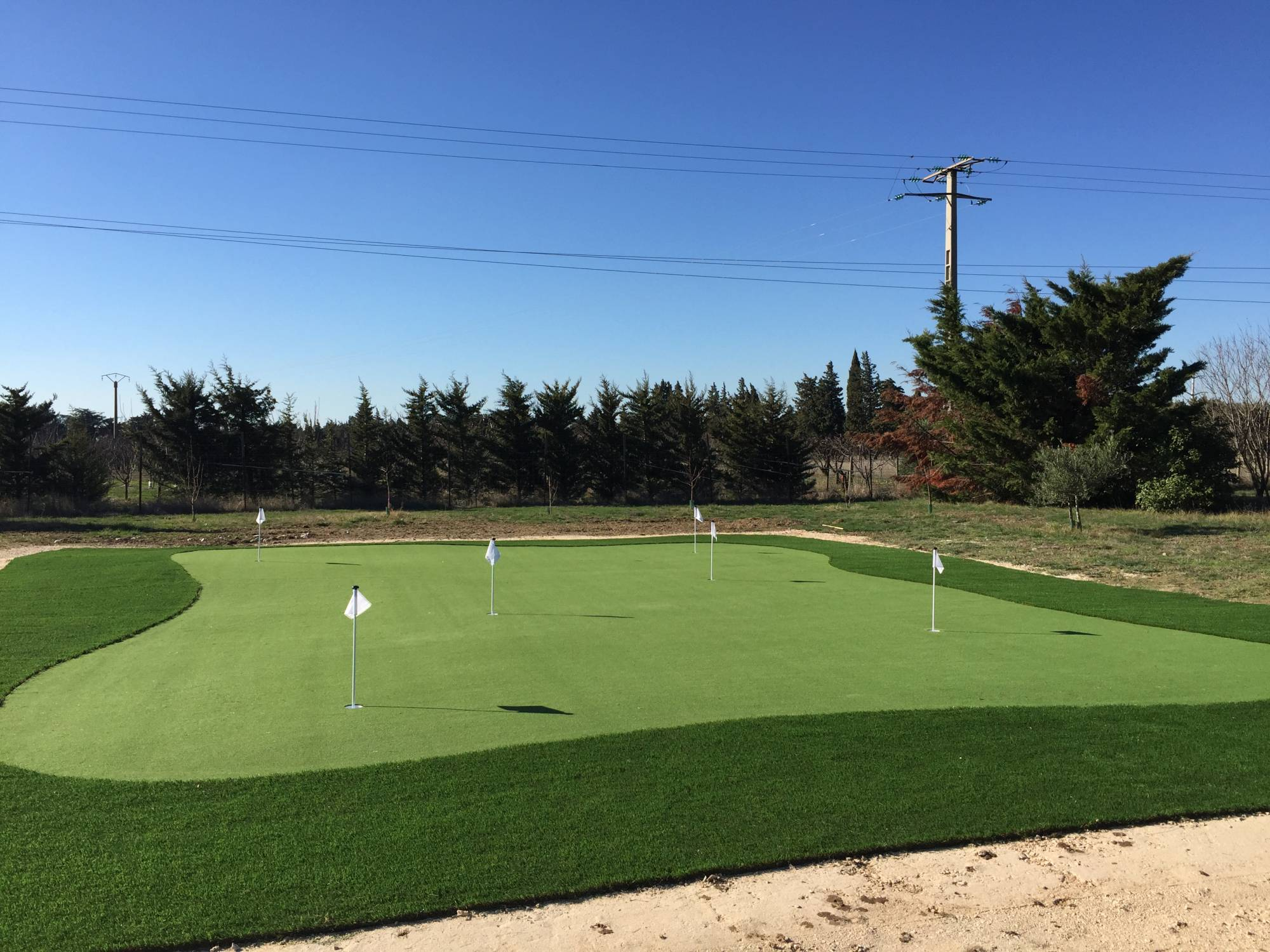 conception de green de golf synthétique en PACA