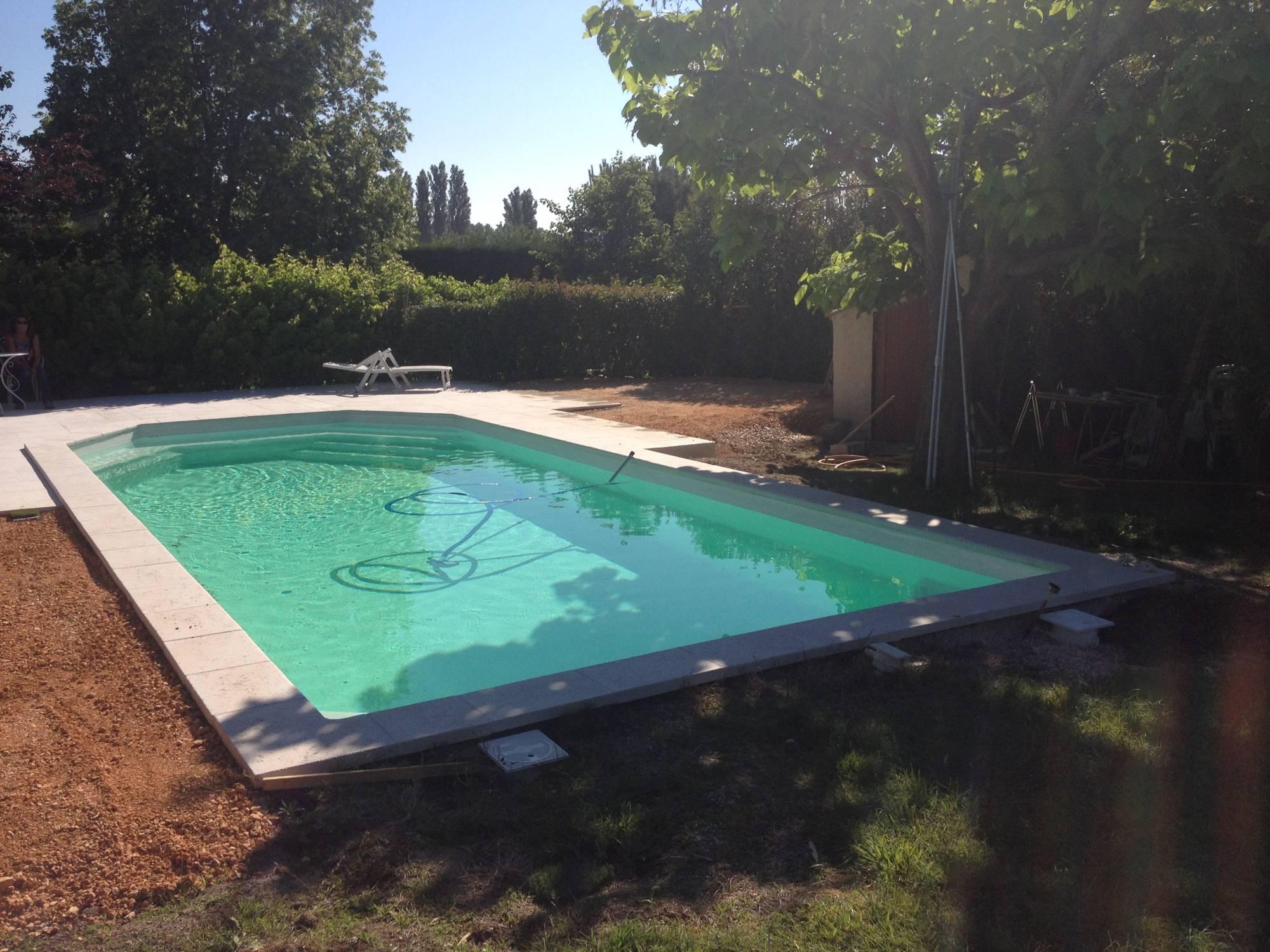 pose de gazon synthétique à Aix en Provence