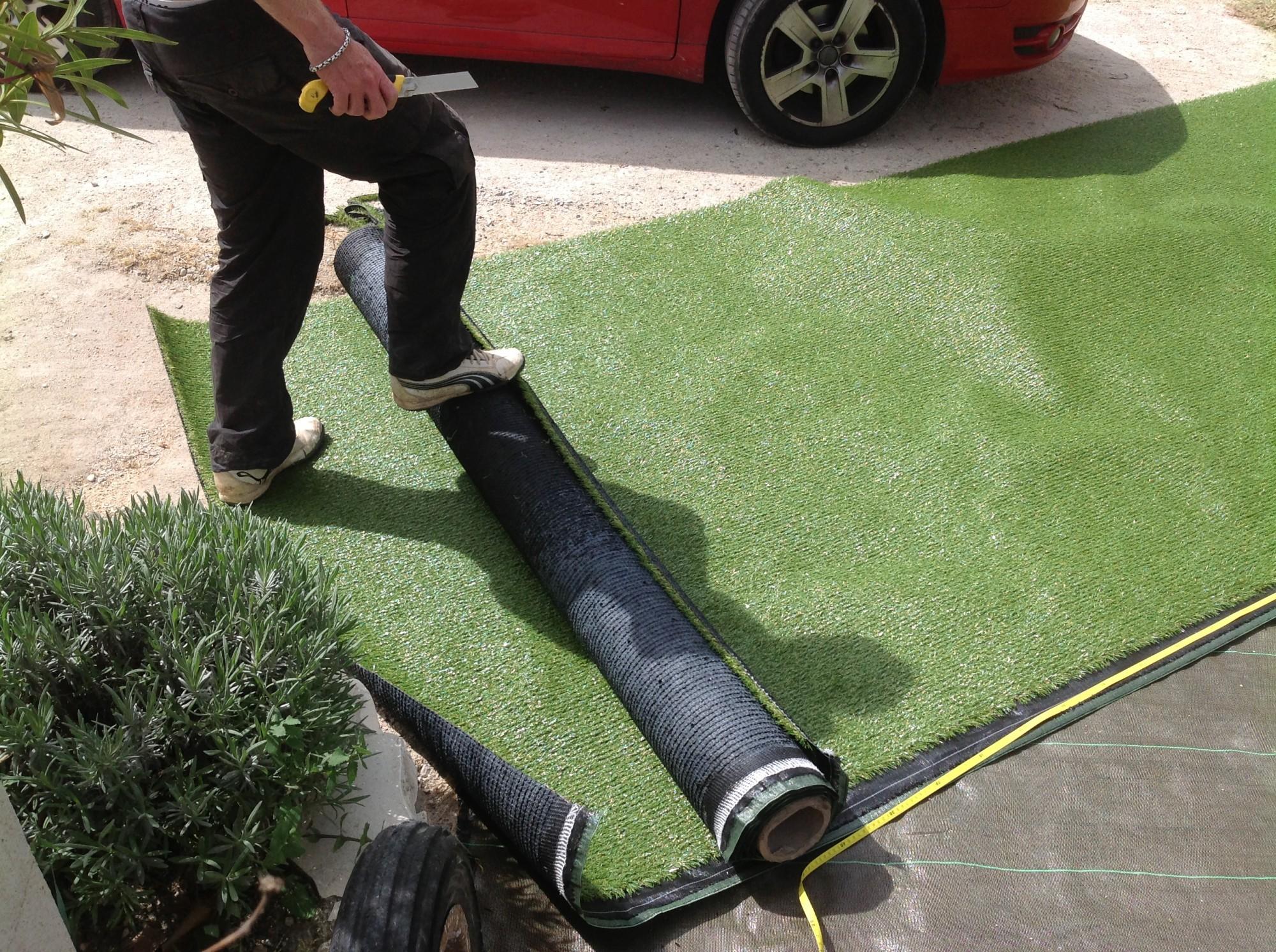 Univers gazons : poseur de gazon synthétique à Aix en Provence