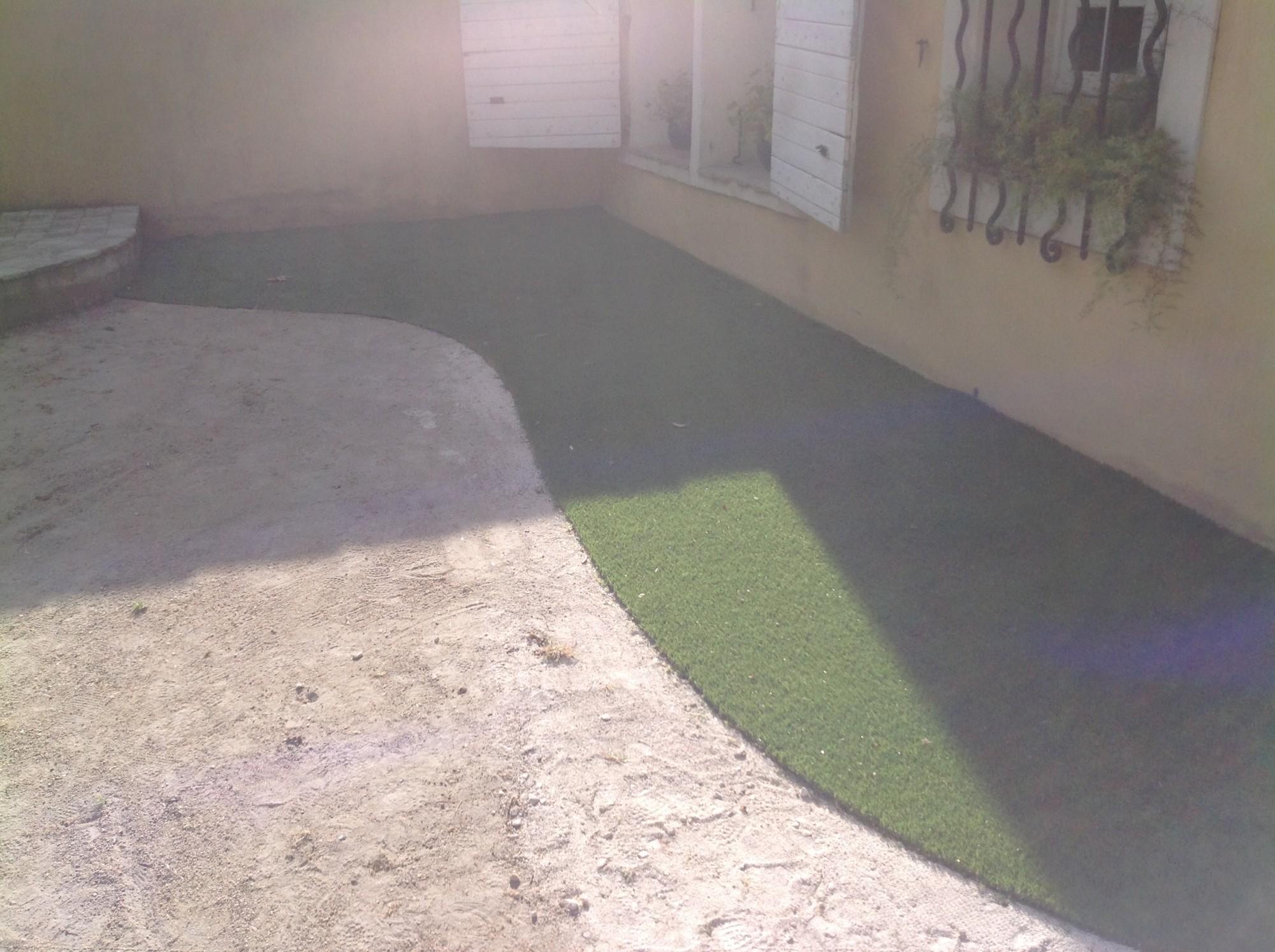 Univers gazons : installateur de gazon synthétique dans les Bouches du Rhône