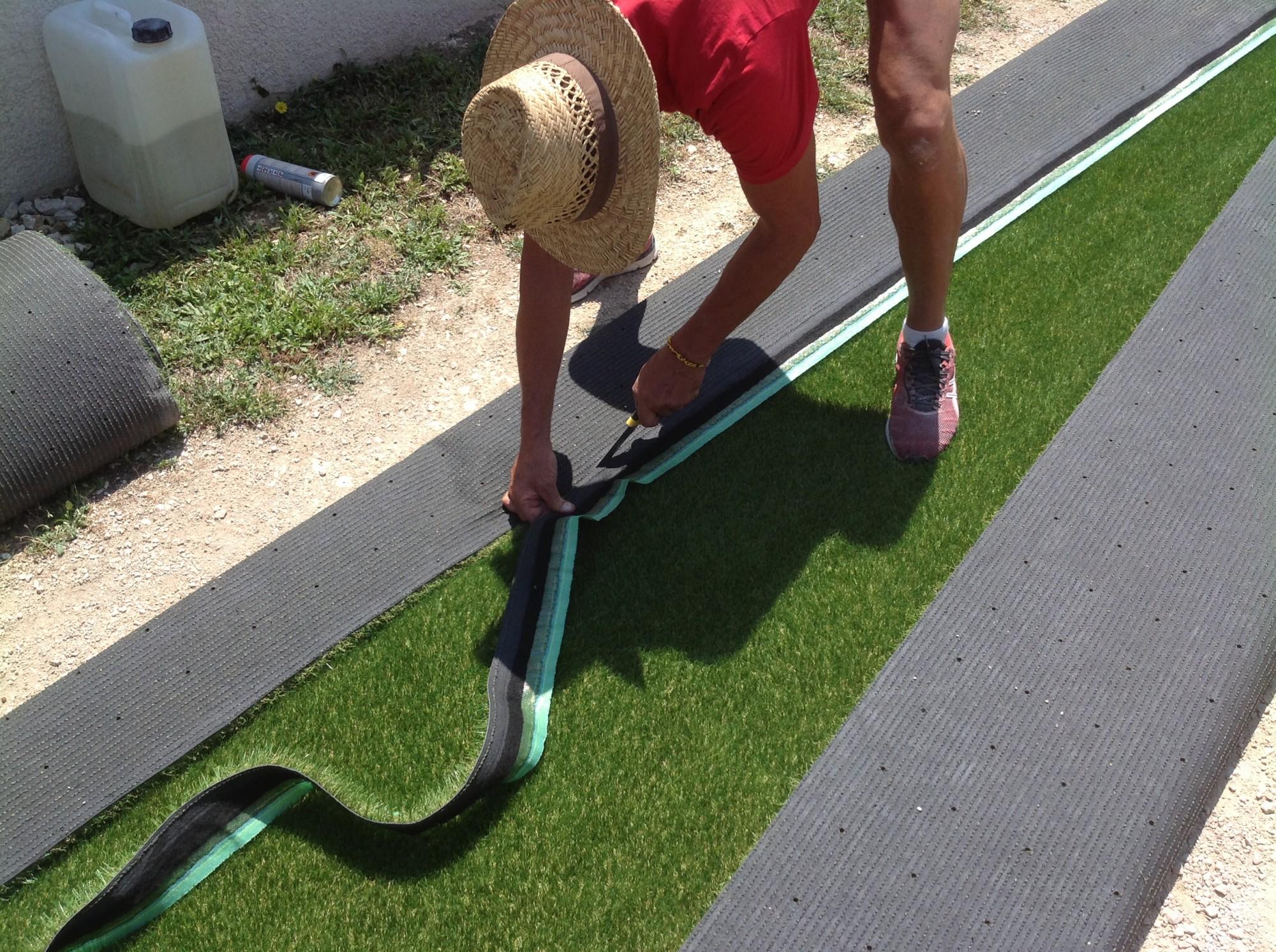 Pose d'une pelouse artificielle pour jardin à Nice