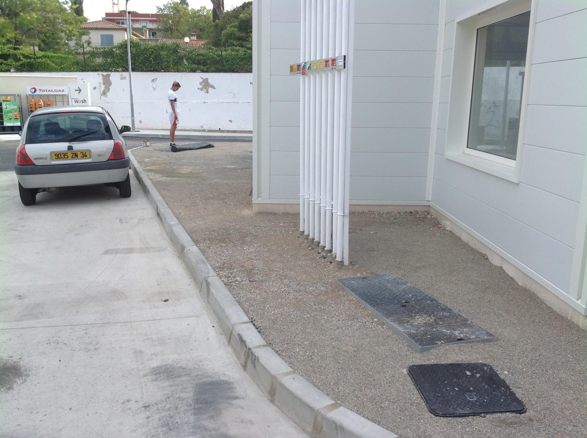 Univers gazons gazons installe et pose du gazon synthétique à Montpellier