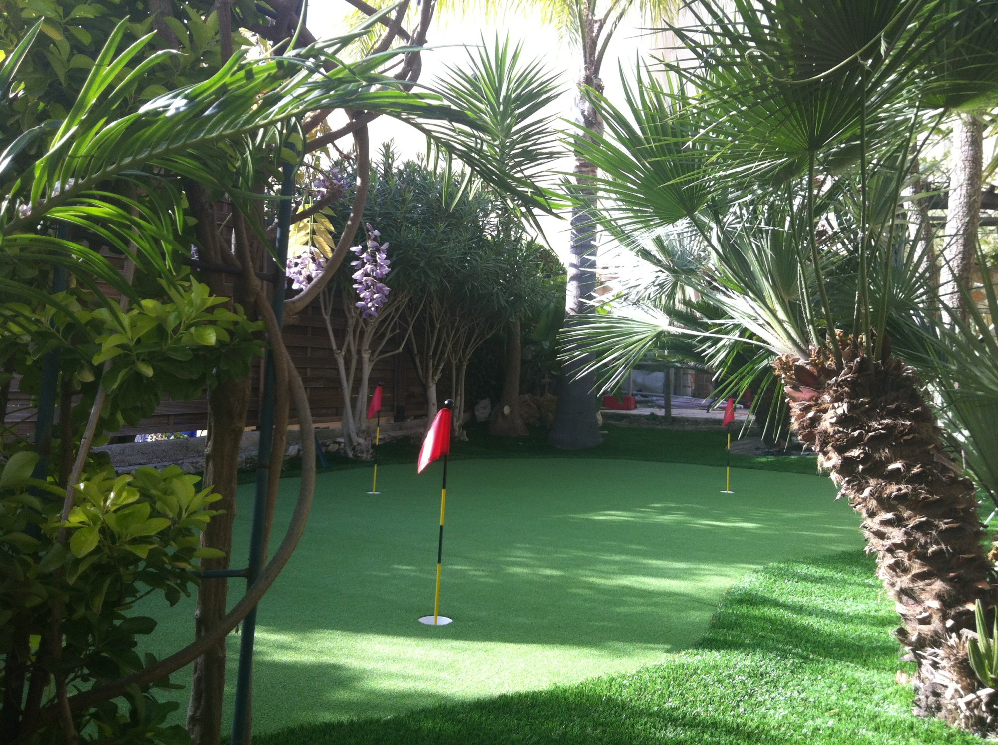 installation putting green synthétique