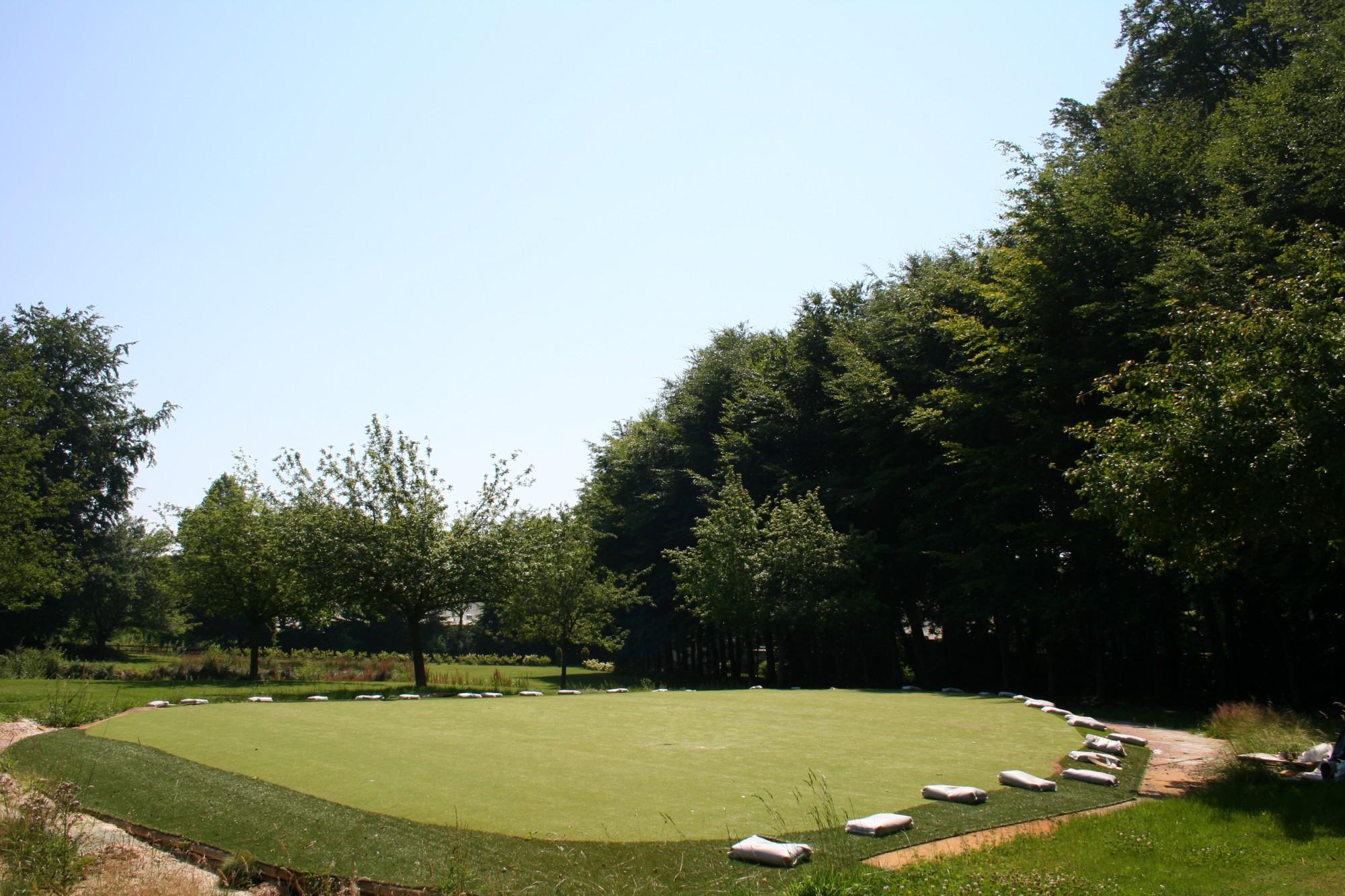 golf synth tique 18 trous d 39 ermenouville gazon et pelouse. Black Bedroom Furniture Sets. Home Design Ideas