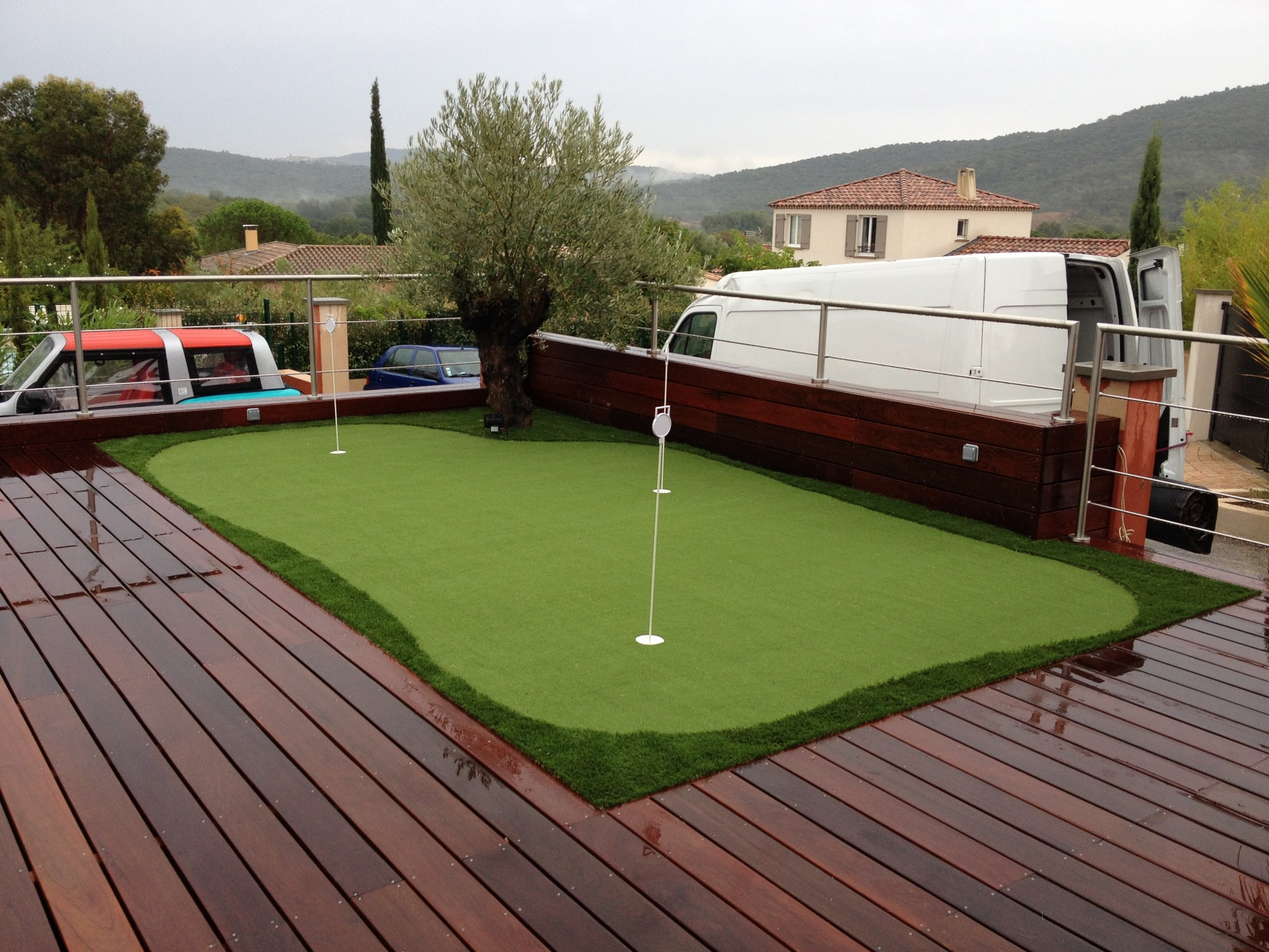 installer un putting green synth tique soi m me gazon et. Black Bedroom Furniture Sets. Home Design Ideas