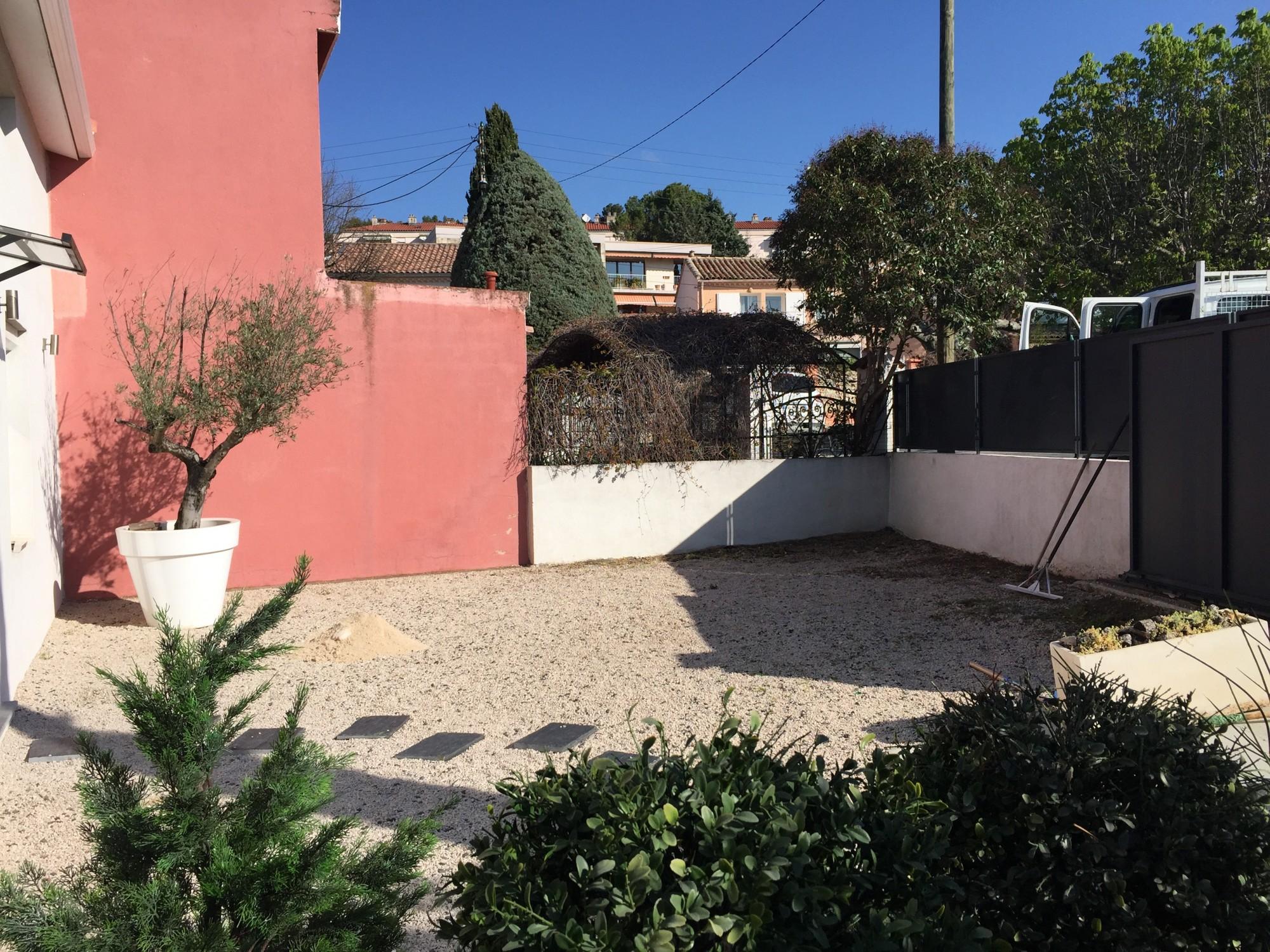 Pose gazon artificiel Aix en Provence