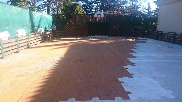 installation de pelouse artificielle pour foot 5