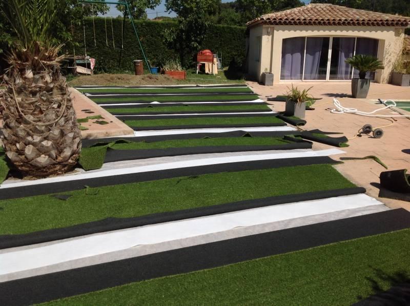 bande de pontage pour pelouse artificielle gazon et pelouse synth tiques marseille univers gazons. Black Bedroom Furniture Sets. Home Design Ideas