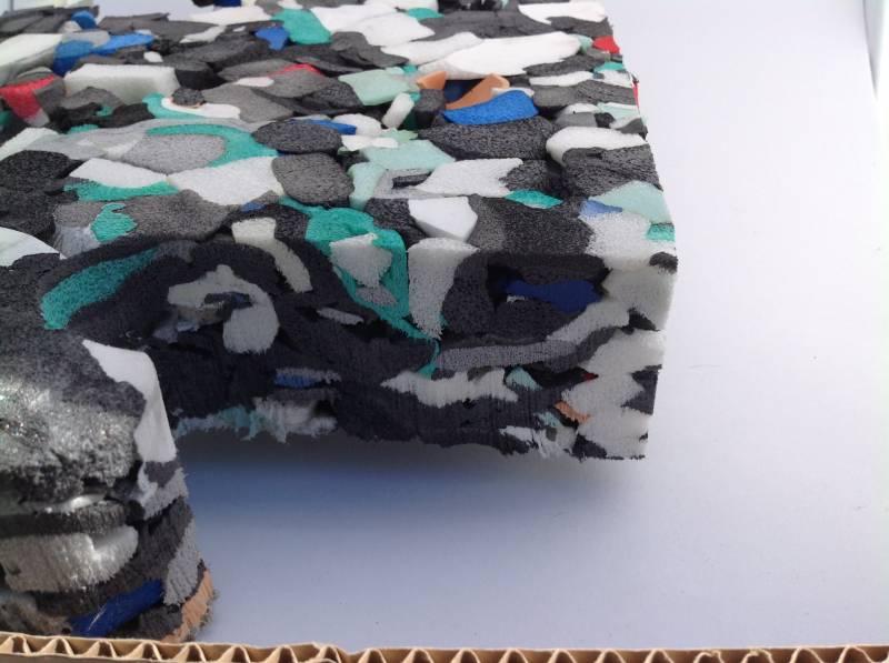 sous couche amortissante de 35 mm plaque de 2m x 1m gazon et pelouse synth tiques marseille. Black Bedroom Furniture Sets. Home Design Ideas