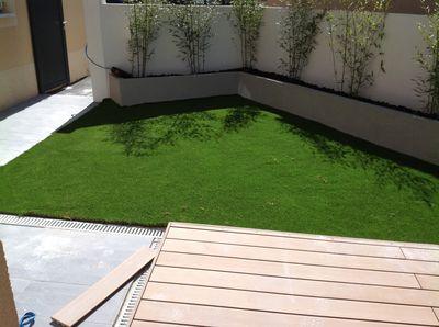 installation d 39 un gazon synth tique nice dans un jardin alpes maritimes 06 gazon et pelouse. Black Bedroom Furniture Sets. Home Design Ideas